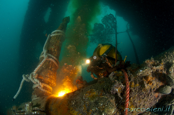 Paguro wreck maintenance